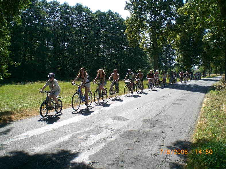 Obóz rowerowy w Lasowicach Małych